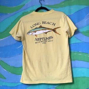 VINTAGE 80s yellow fishing single stitch tshirt